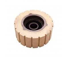 Ролик прижимной кромкооблицовочного станка Cehisa 65х12х27 мм обрезиненный с прямыми насечками