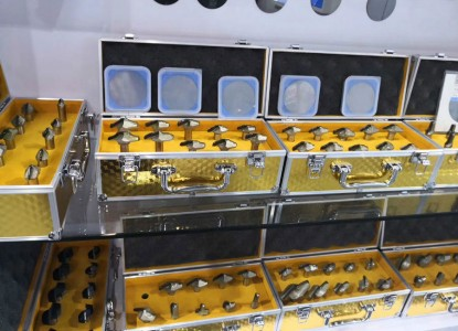 Наборы алмазных фрез для производствам кухонь из МДФ и дерева доступны к заказу
