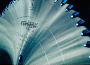 Линейка премиальных твердосплавных дисковых пил от GOLDEN EAGLE