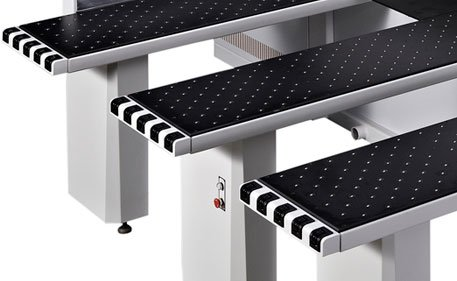 Подающий стол форматно-раскроечного центра