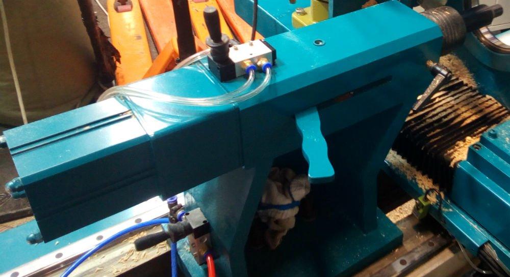 Автоматический прижим обрабатываемой заготовки